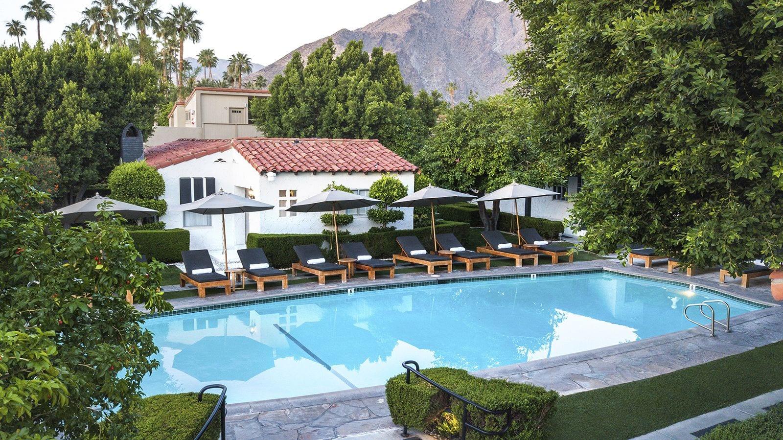 Regency Courtyard Pool